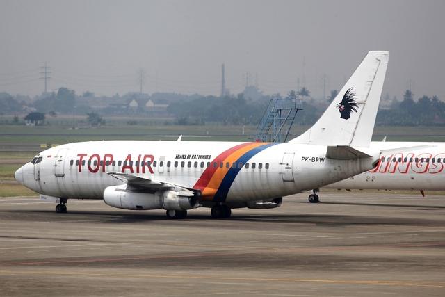 kinsanさんが、スカルノハッタ国際空港で撮影したトップ・エア 737-230/Advの航空フォト(飛行機 写真・画像)