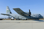 Scotchさんが、ヴェンチュラ・カウンティ=ポイントムグ海軍航空ステーションで撮影したアメリカ空軍 C-130J Herculesの航空フォト(写真)