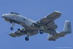 Scotchさんが、ヴェンチュラ・カウンティ=ポイントムグ海軍航空ステーションで撮影したアメリカ空軍 A-10A Thunderbolt IIの航空フォト(飛行機 写真・画像)