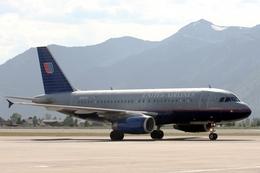 kinsanさんが、ジャクソンホール空港で撮影したユナイテッド航空 A319-131の航空フォト(飛行機 写真・画像)
