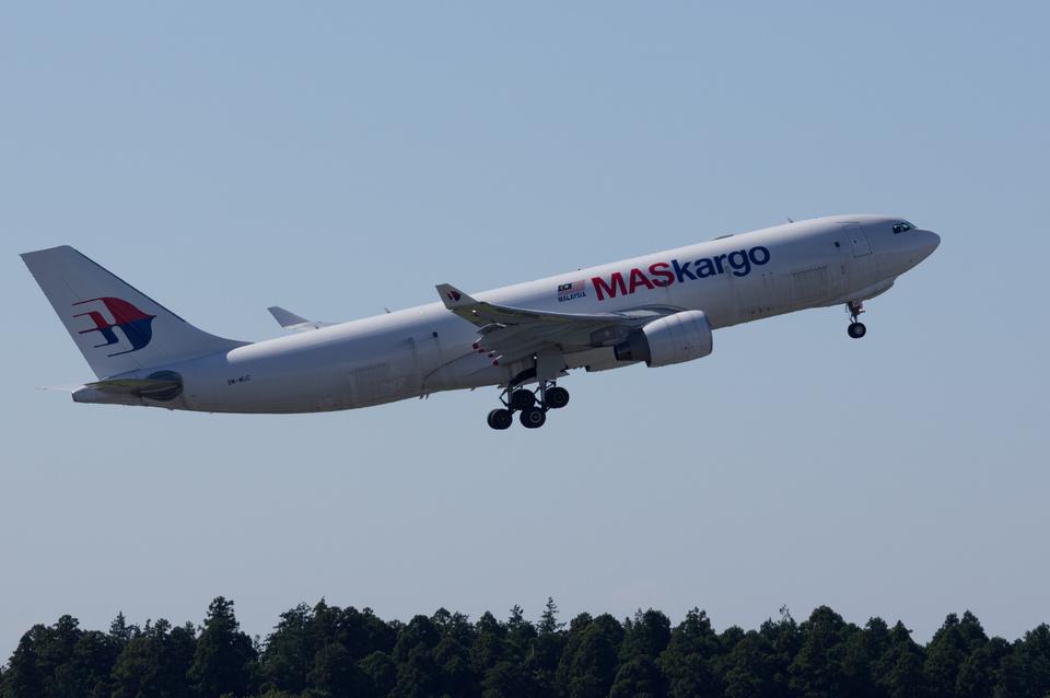 xxxxxzさんのマレーシア航空 Airbus A330-200 (9M-MUC) 航空フォト