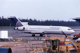 biscayneさんが、ルイス・ムニョス・マリン国際空港で撮影したコンチネンタル航空 727-232/Advの航空フォト(飛行機 写真・画像)