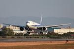 たろさんが、伊丹空港で撮影した全日空 777-381の航空フォト(写真)