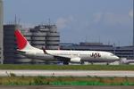 エアポートひたちさんが、羽田空港で撮影した日本航空 737-846の航空フォト(飛行機 写真・画像)