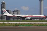 エアポートひたちさんが、羽田空港で撮影した中国東方航空 A330-343Xの航空フォト(飛行機 写真・画像)