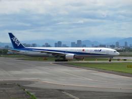 aquaさんが、伊丹空港で撮影した全日空 777-381の航空フォト(飛行機 写真・画像)