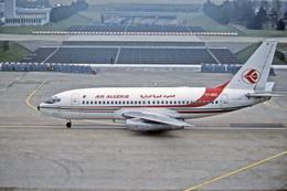 Gambardierさんが、パリ オルリー空港で撮影したアルジェリア航空 737-2D6/Advの航空フォト(飛行機 写真・画像)