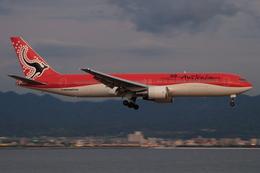 speedbirdさんが、関西国際空港で撮影したオーストラリア航空 767-338/ERの航空フォト(写真)