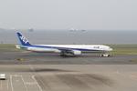 chalk2さんが、羽田空港で撮影した全日空 777-381の航空フォト(写真)