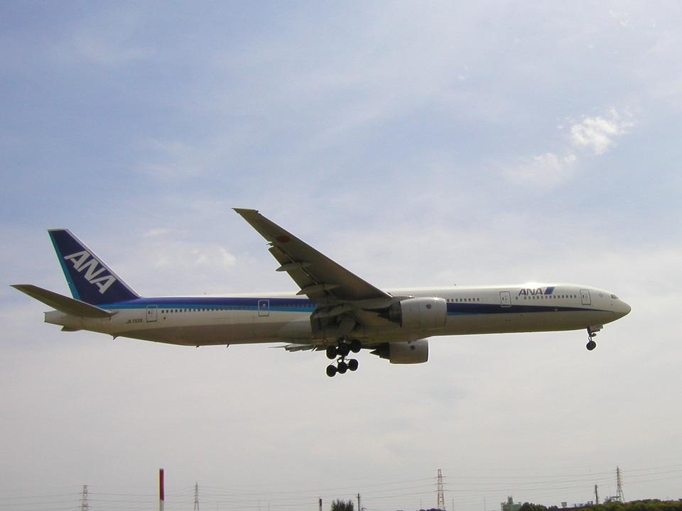 aquaさんの全日空 Boeing 777-300 (JA755A) 航空フォト