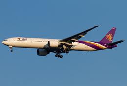 PINK_TEAM78さんが、成田国際空港で撮影したタイ国際航空 777-3AL/ERの航空フォト(飛行機 写真・画像)
