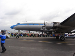 AE31Xさんが、ル・ブールジェ空港で撮影したスーパーコンステレーション飛行協会 C-121C Super Constellation (L-1049F)の航空フォト(飛行機 写真・画像)