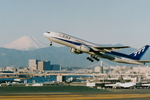 SKYLINEさんが、羽田空港で撮影した全日空 777-281の航空フォト(写真)