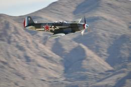 apphgさんが、ネリス空軍基地で撮影したアメリカ企業所有 Yak-9の航空フォト(飛行機 写真・画像)