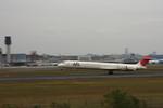 T.Sazenさんが、伊丹空港で撮影した日本航空 MD-90-30の航空フォト(飛行機 写真・画像)