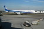 hononostrategistさんが、ワシントン・ダレス国際空港で撮影した全日空 777-381/ERの航空フォト(写真)