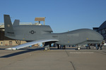 Scotchさんが、ノースアイランド海軍航空ステーション・ハスレーフィールドで撮影したアメリカ海軍 RQ-4A-10 Global Hawkの航空フォト(飛行機 写真・画像)
