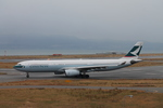 uhfxさんが、関西国際空港で撮影したキャセイパシフィック航空 A330-342の航空フォト(飛行機 写真・画像)