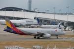uhfxさんが、関西国際空港で撮影したアシアナ航空 A320-232の航空フォト(飛行機 写真・画像)