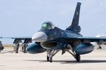 xxxxxzさんが、那覇空港で撮影した航空自衛隊 F-2Aの航空フォト(飛行機 写真・画像)