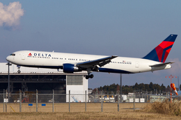 PINK_TEAM78さんが、成田国際空港で撮影したデルタ航空 767-332/ERの航空フォト(飛行機 写真・画像)