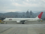 つくばーさんさんが、台北松山空港で撮影した日本航空 767-346/ERの航空フォト(写真)