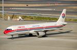 パンダさんが、羽田空港で撮影した中国東方航空 A321-231の航空フォト(写真)