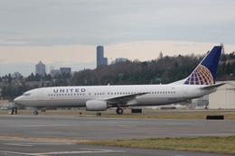 うっきーさんが、ボーイングフィールドで撮影したユナイテッド航空 737-824の航空フォト(飛行機 写真・画像)