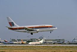 Gambardierさんが、ロサンゼルス国際空港で撮影したユナイテッド航空 737-222の航空フォト(飛行機 写真・画像)