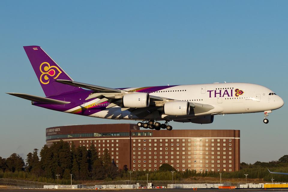 PINK_TEAM78さんのタイ国際航空 Airbus A380 (HS-TUA) 航空フォト