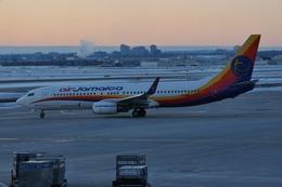 aircanadafunさんが、トロント・ピアソン国際空港で撮影したエア・ジャマイカ 737-8Q8の航空フォト(飛行機 写真・画像)