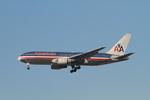 matsuさんが、ロサンゼルス国際空港で撮影したアメリカン航空 767-223の航空フォト(写真)