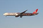matsuさんが、ロサンゼルス国際空港で撮影したターキッシュ・エアラインズ 777-3F2/ERの航空フォト(飛行機 写真・画像)
