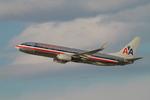 matsuさんが、ロサンゼルス国際空港で撮影したアメリカン航空 737-823の航空フォト(写真)