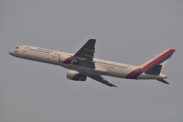 ぶる~すかい。さんが、香港国際空港で撮影したネパール航空 757-2F8の航空フォト(飛行機 写真・画像)