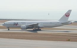 Koenig117さんが、中部国際空港で撮影した日本航空 777-246の航空フォト(飛行機 写真・画像)