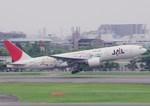 うえぽんさんが、伊丹空港で撮影した日本航空 777-246の航空フォト(写真)