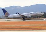 ふじいあきらさんが、広島空港で撮影したユナイテッド航空 737-824の航空フォト(飛行機 写真・画像)