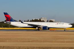 PINK_TEAM78さんが、成田国際空港で撮影したデルタ航空 A330-323Xの航空フォト(飛行機 写真・画像)