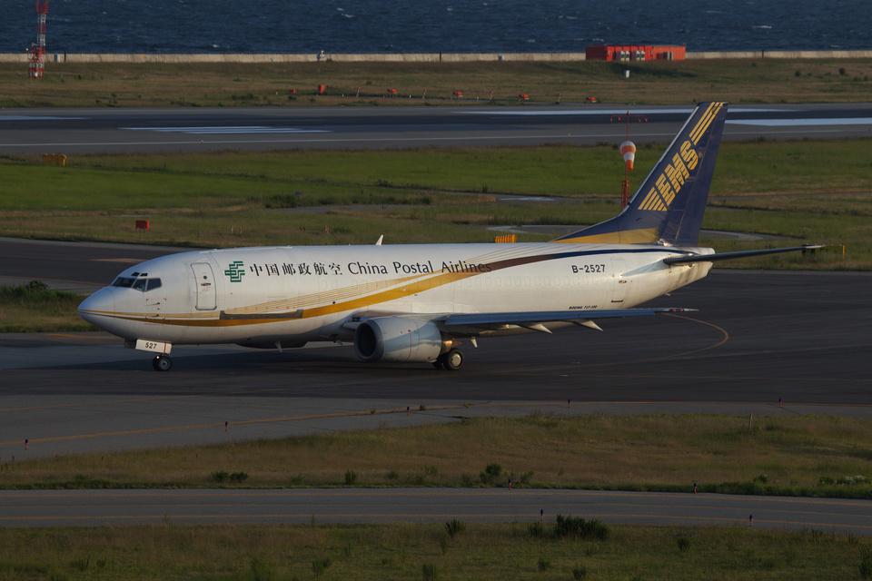 T.Sazenさんの中国郵政航空 Boeing 737-300 (B-2527) 航空フォト