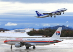ふじいあきらさんが、広島空港で撮影した中国東方航空 A320-214の航空フォト(写真)