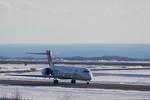 xxxxxzさんが、釧路空港で撮影した日本航空 MD-90-30の航空フォト(飛行機 写真・画像)