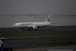 えんぷさんが、羽田空港で撮影した日本航空 777-246の航空フォト(写真)