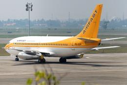 jun☆さんが、スカルノハッタ国際空港で撮影したエアファスト インドネシア 737-27A/Advの航空フォト(飛行機 写真・画像)