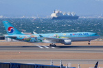 Scotchさんが、中部国際空港で撮影した大韓航空 A330-223の航空フォト(飛行機 写真・画像)