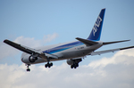 パンダさんが、成田国際空港で撮影した全日空 767-381/ERの航空フォト(写真)
