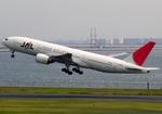 JA8077さんが、羽田空港で撮影した日本航空 777-289の航空フォト(飛行機 写真・画像)