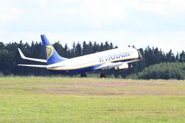 Booneさんが、フランクフルト・ハーン空港で撮影したライアンエア 737-8ASの航空フォト(飛行機 写真・画像)
