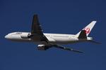 WING_ACEさんが、伊丹空港で撮影した日本航空 777-289の航空フォト(飛行機 写真・画像)