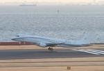 JA8676さんが、羽田空港で撮影したエア・ワン・アビエーション ERJ-190-100 ECJ (Lineage 1000)の航空フォト(写真)